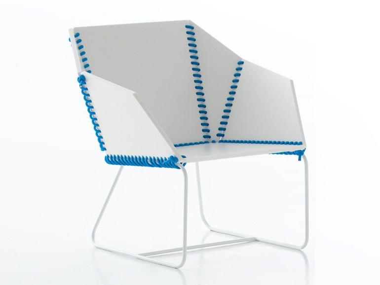 Textile_garden_armchair_by_Ana_Llobet.jpg