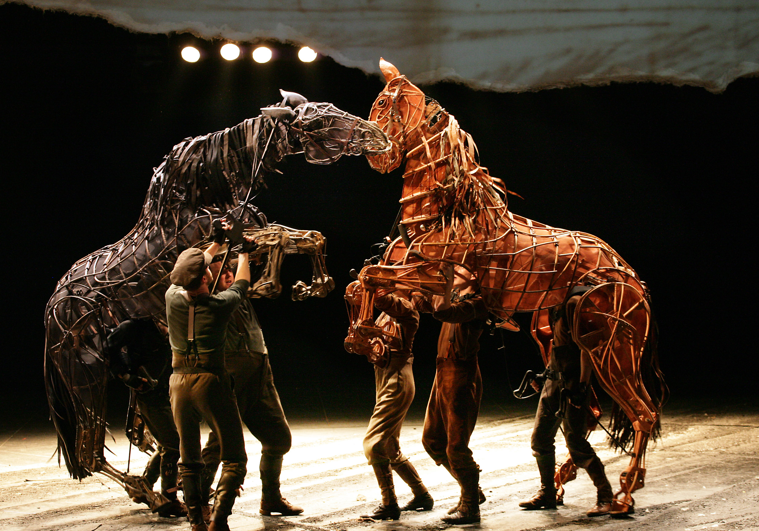 The theatrical production of War Horse will be broadcast live in 4k next Thursday.
