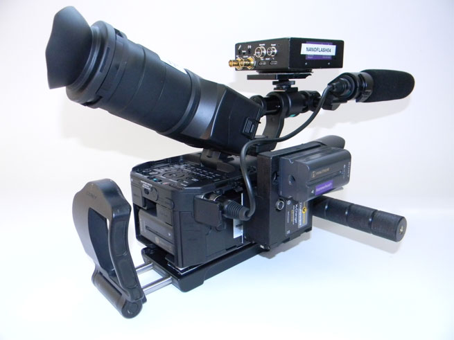 Leo's rig with the NanoFlash and voltage converter on the side to enable the use of the recorder.