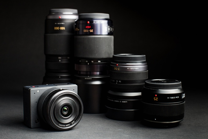A big point in the E1's favour is access to the growing range of MFT lenses.