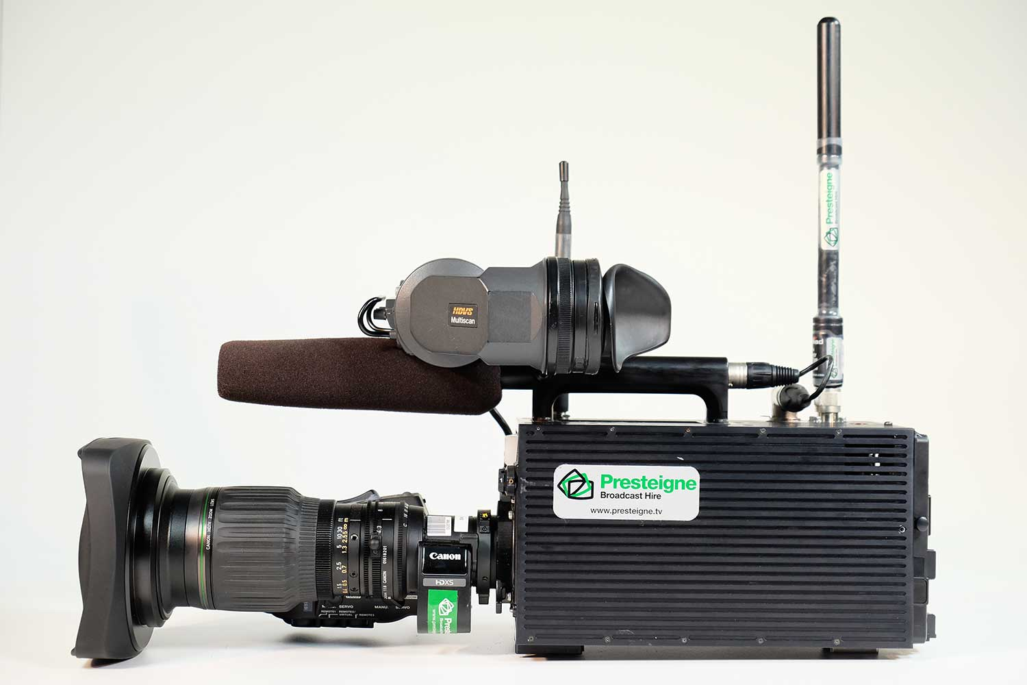 The new camera is a touchline wireless camera system in a single package with high quality andlow latency.