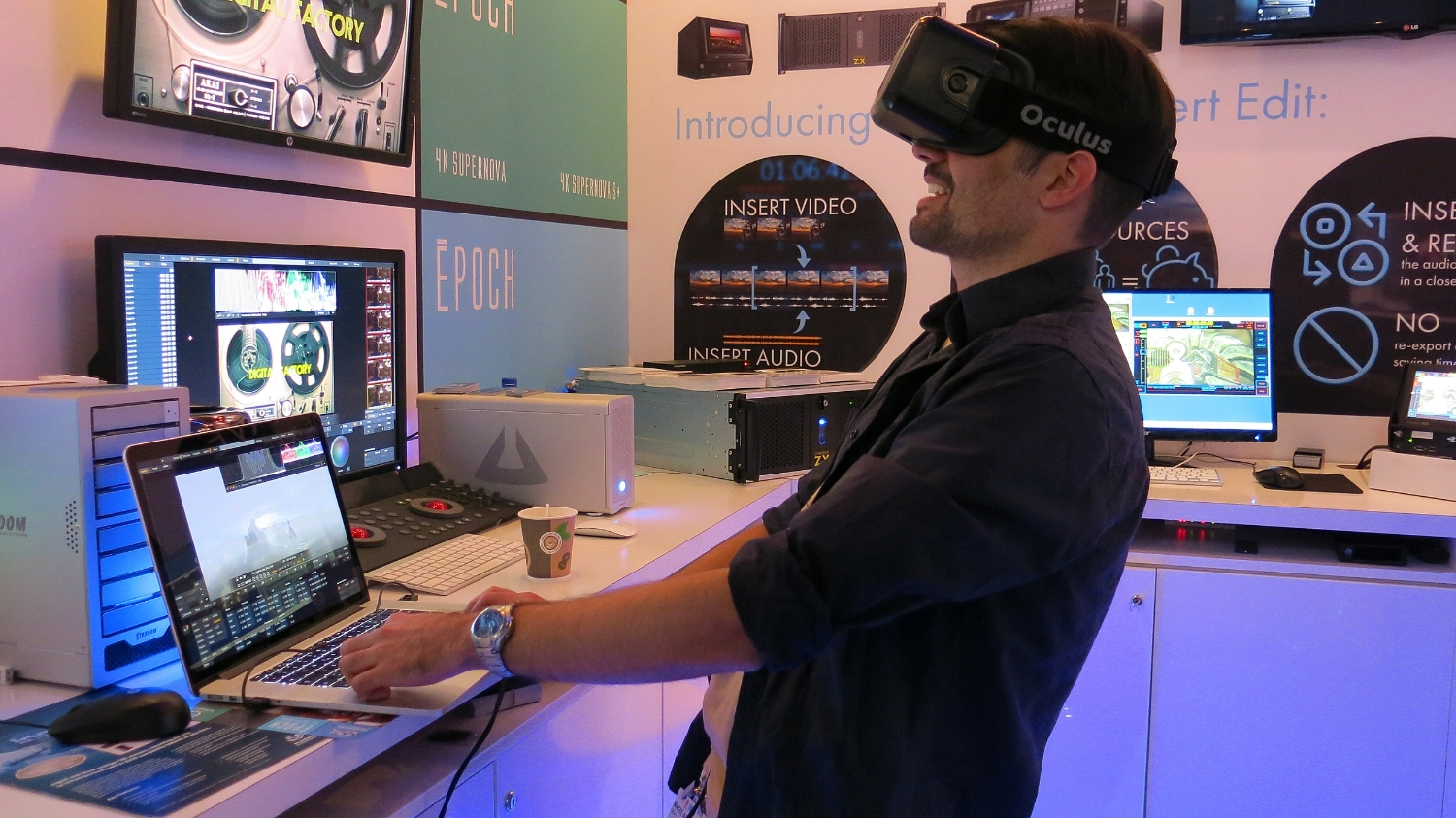Assimilate's Mazze Aderhold having fun with VR at IBC 2015.