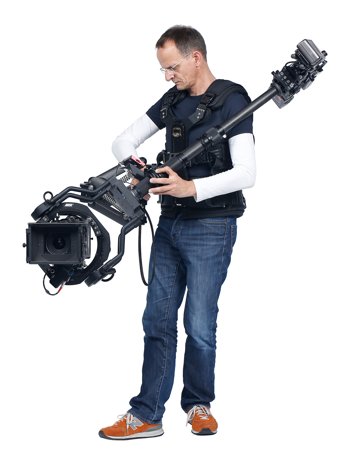 While Trinity works especially well in a compact configuration with the ALEXA Mini, its 30 kg / 66lb. maximum payload and height adjustability mean that larger cameras and heavy lenses can also be supported.
