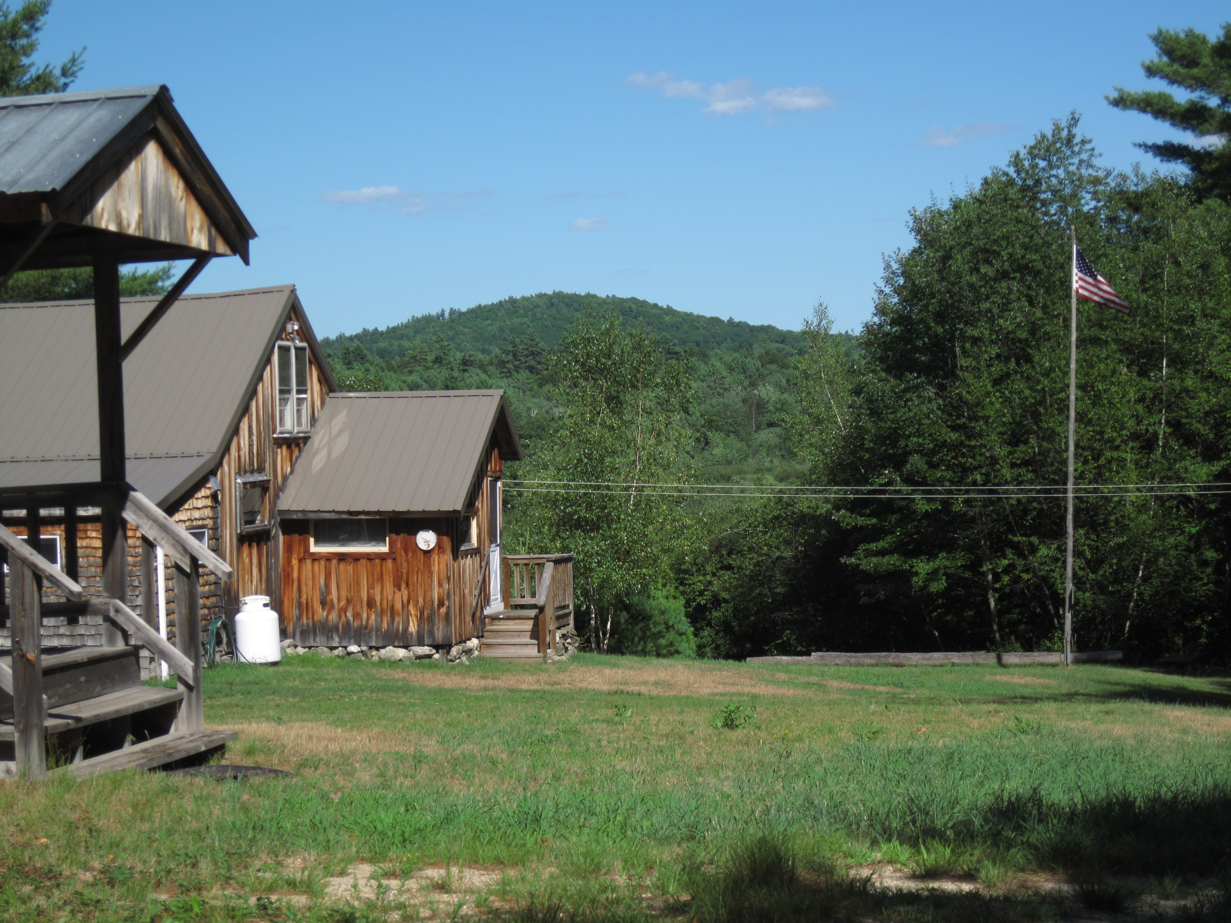 Main lodge with bunkhouse.