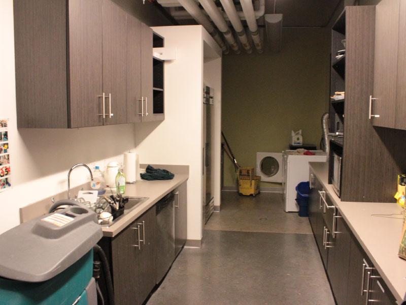 kitchen_cleaning.jpg