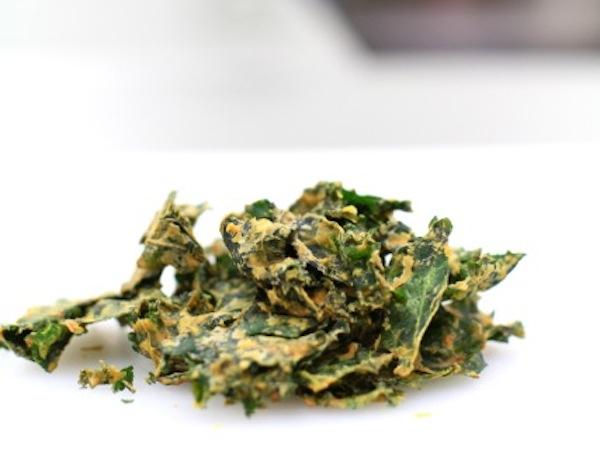 Cheesy Kale Chip Recipe