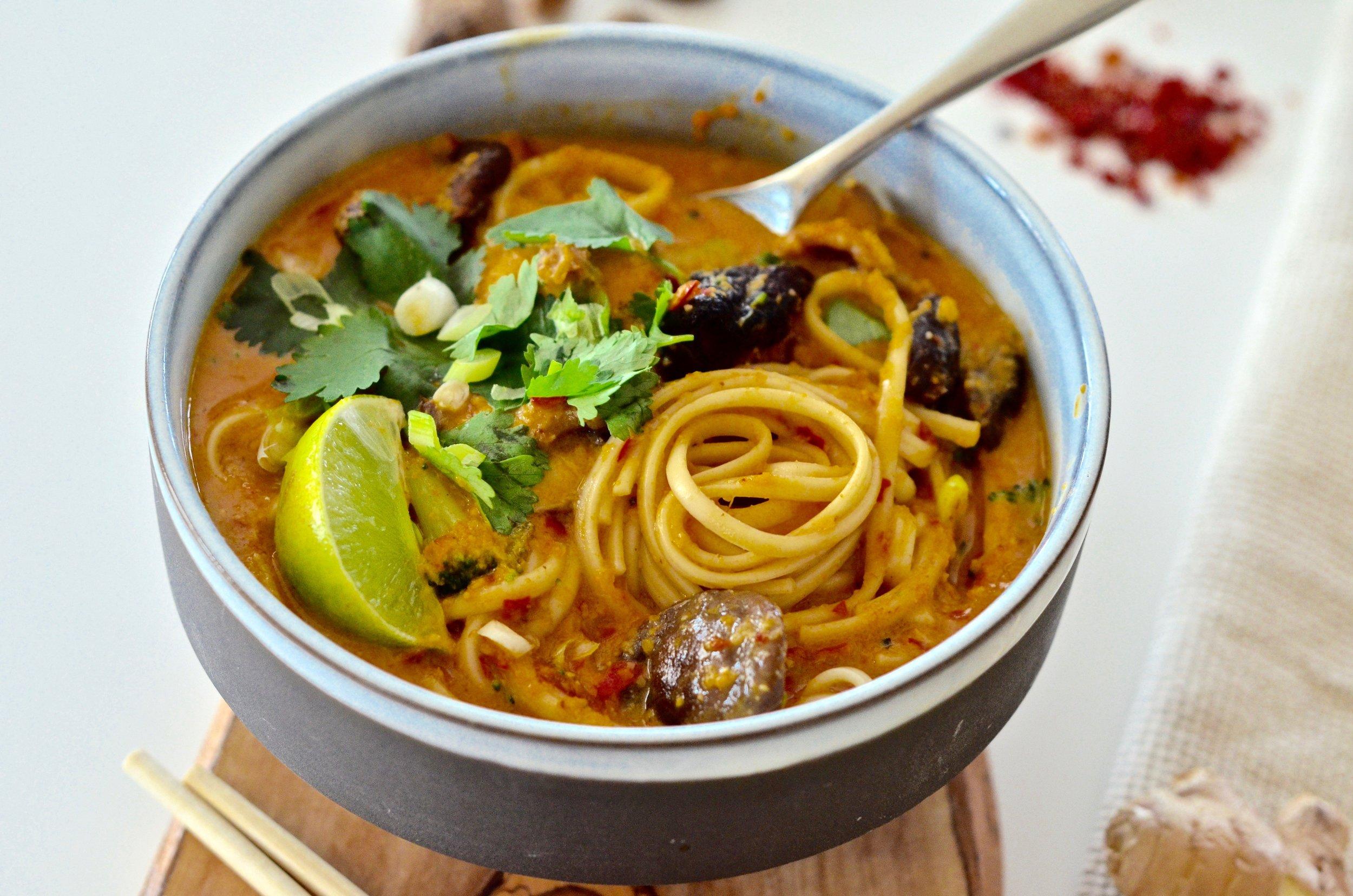 Recipe for Laksa Soup (vegan & gluten-free)   via @puremamas