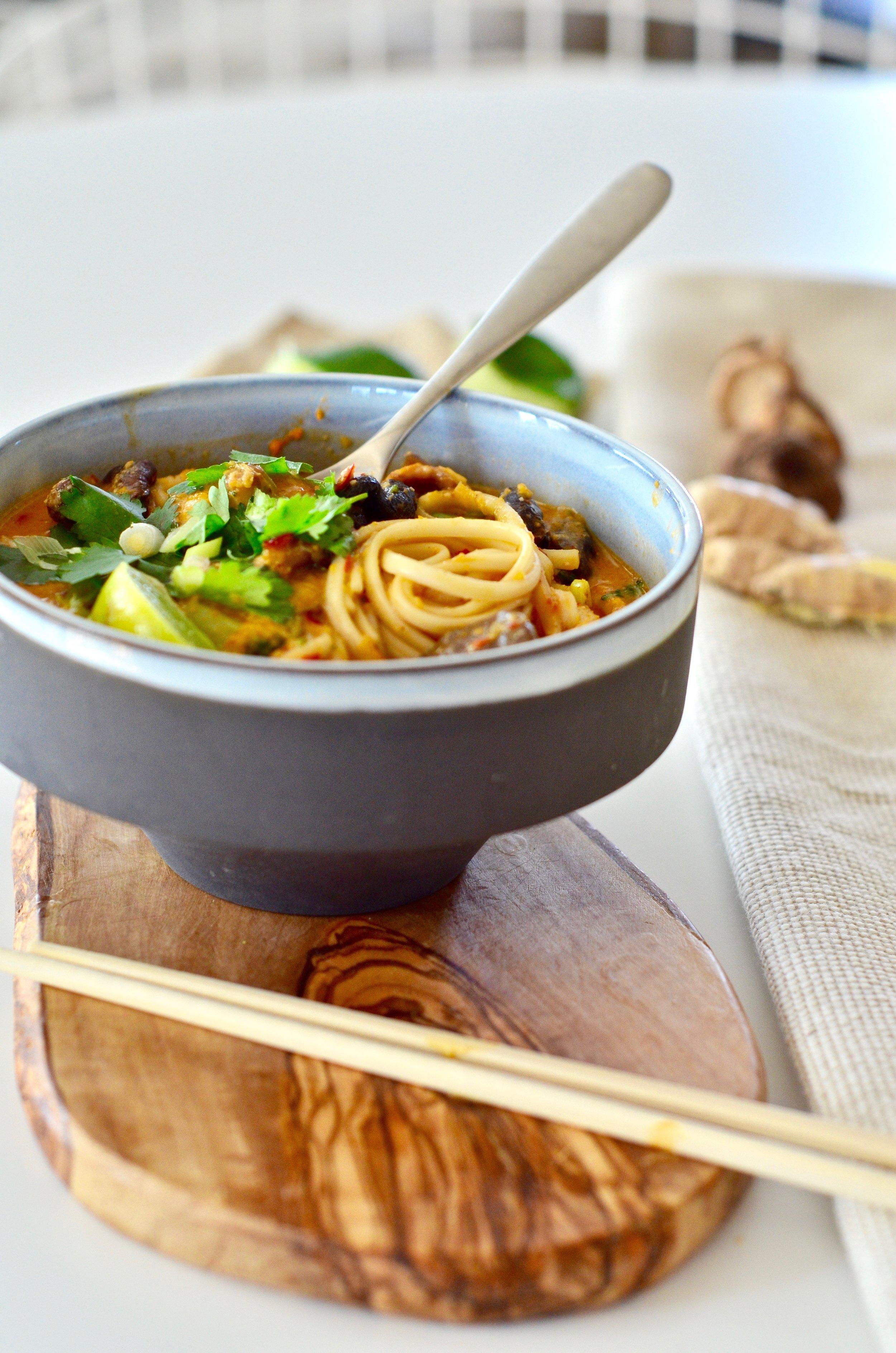 Laksa Soup Recipe with noodles. Vegan + gluten-free. @PureMamas