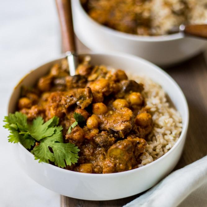 Mushroom & Chickpea Korma (curry)