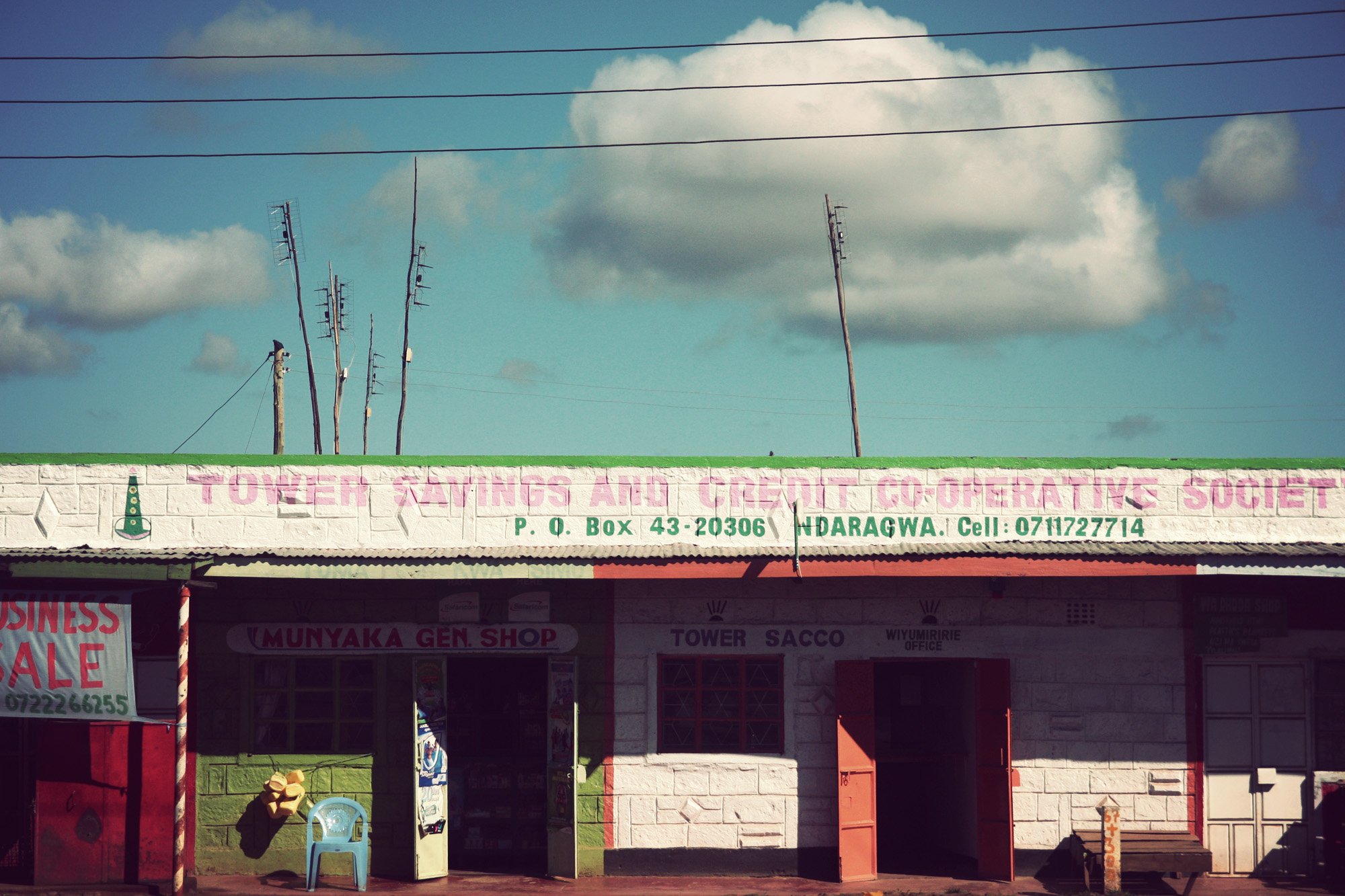 Day03_Mount-Kenya-to-Lake-Naivasha_Town-Facades_01.jpg