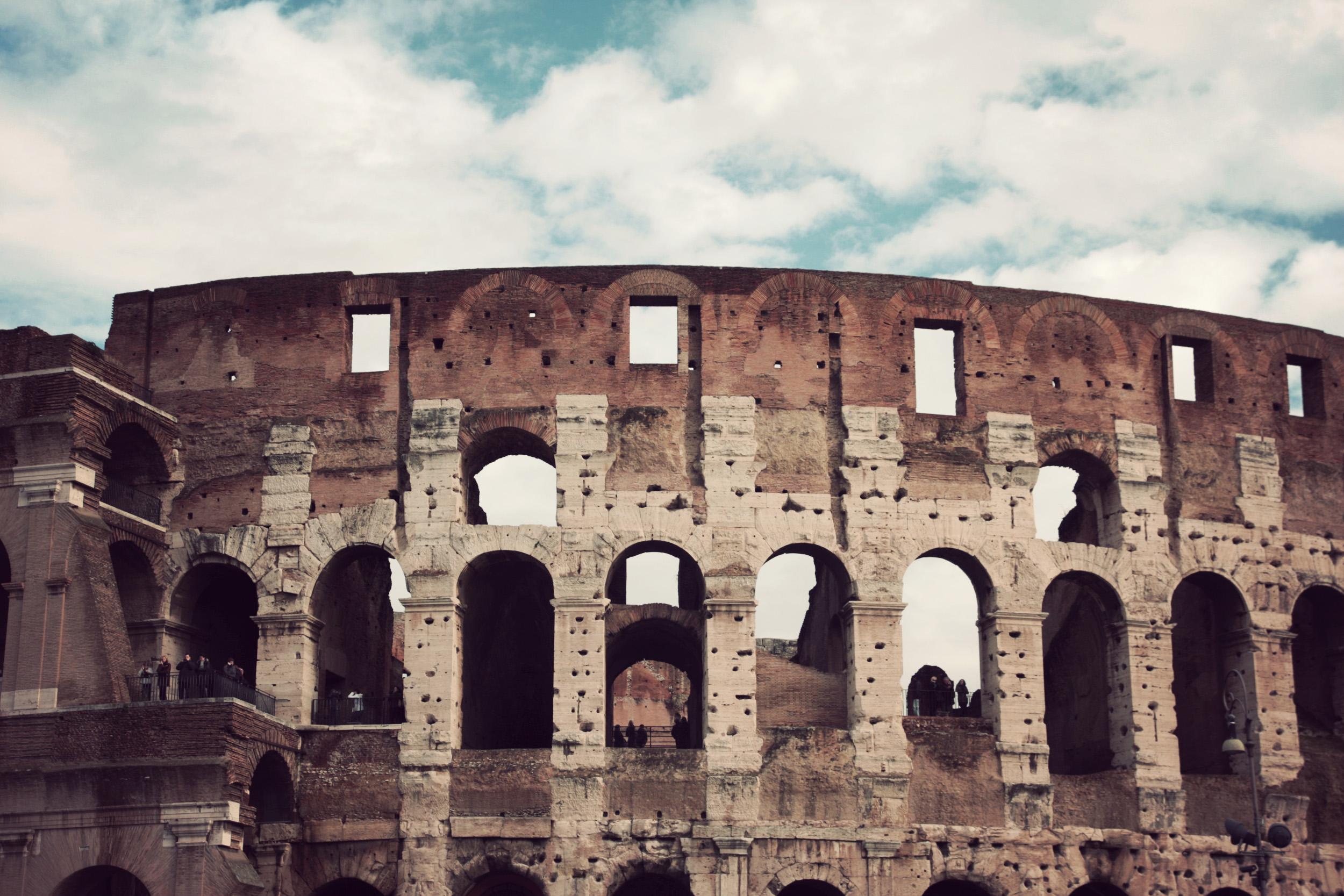 Colliseum_01.jpg