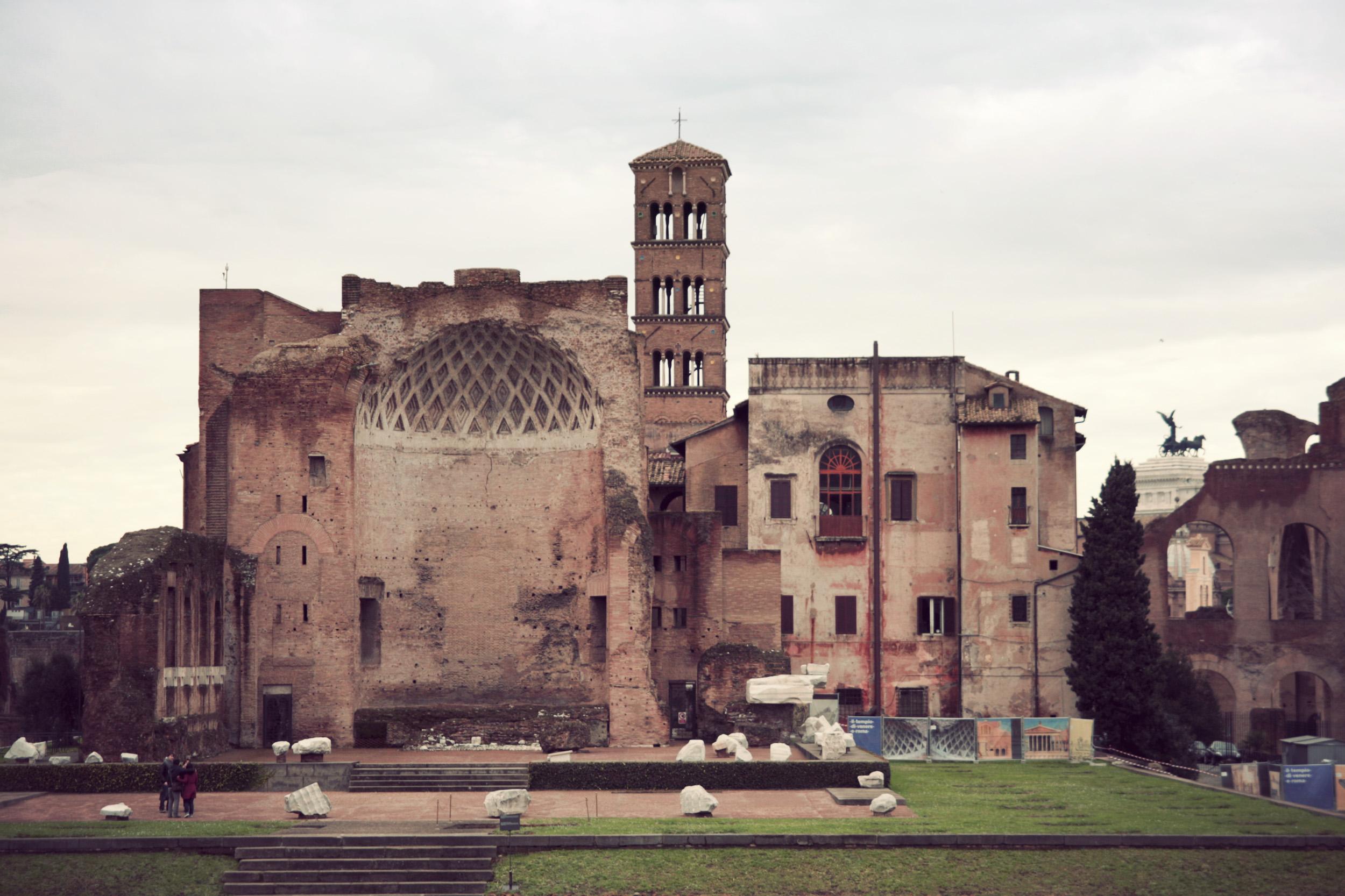 Roman-Forum_05.jpg