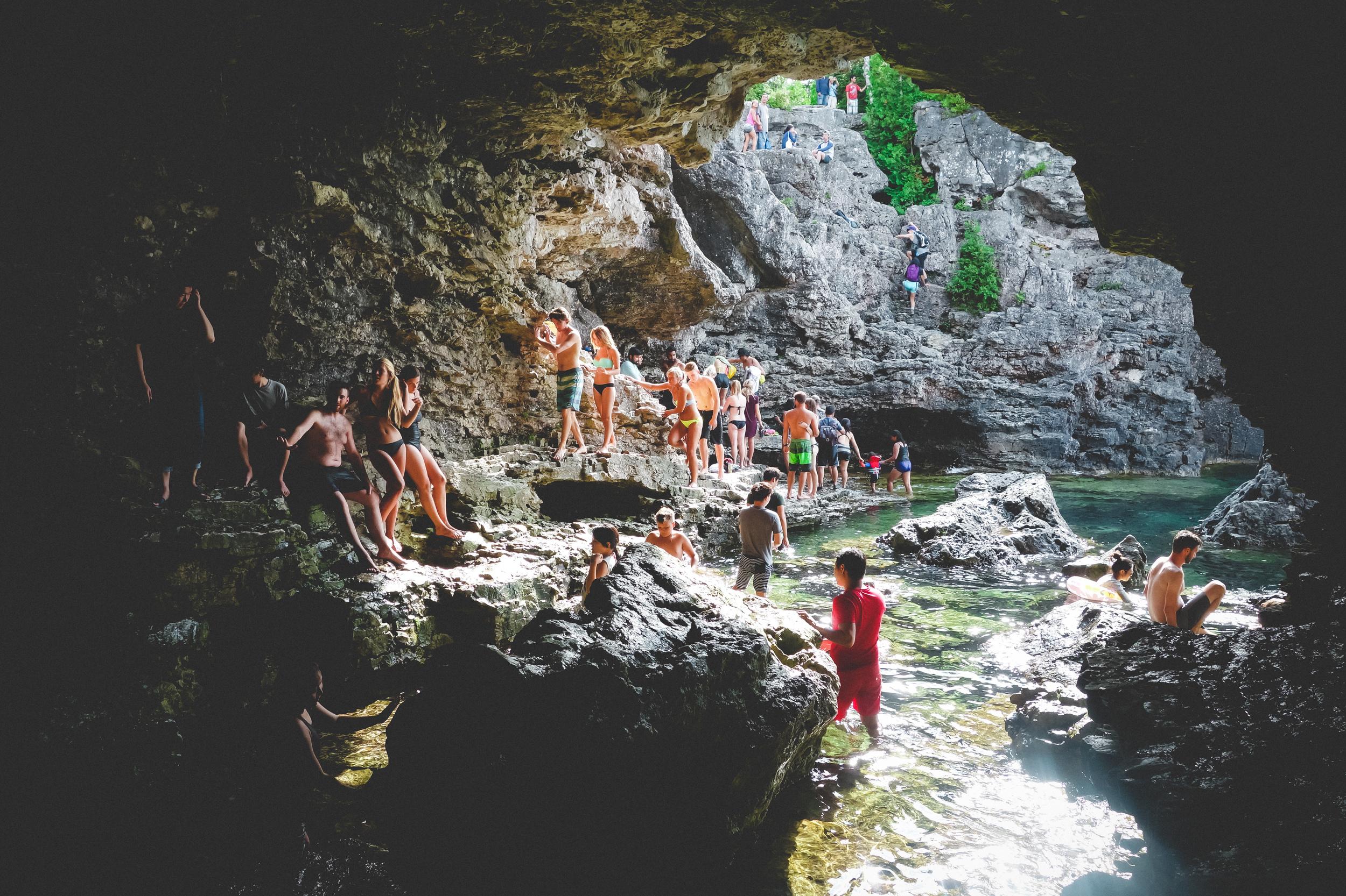 Bruce-Peninsula_Grotto-17.jpg