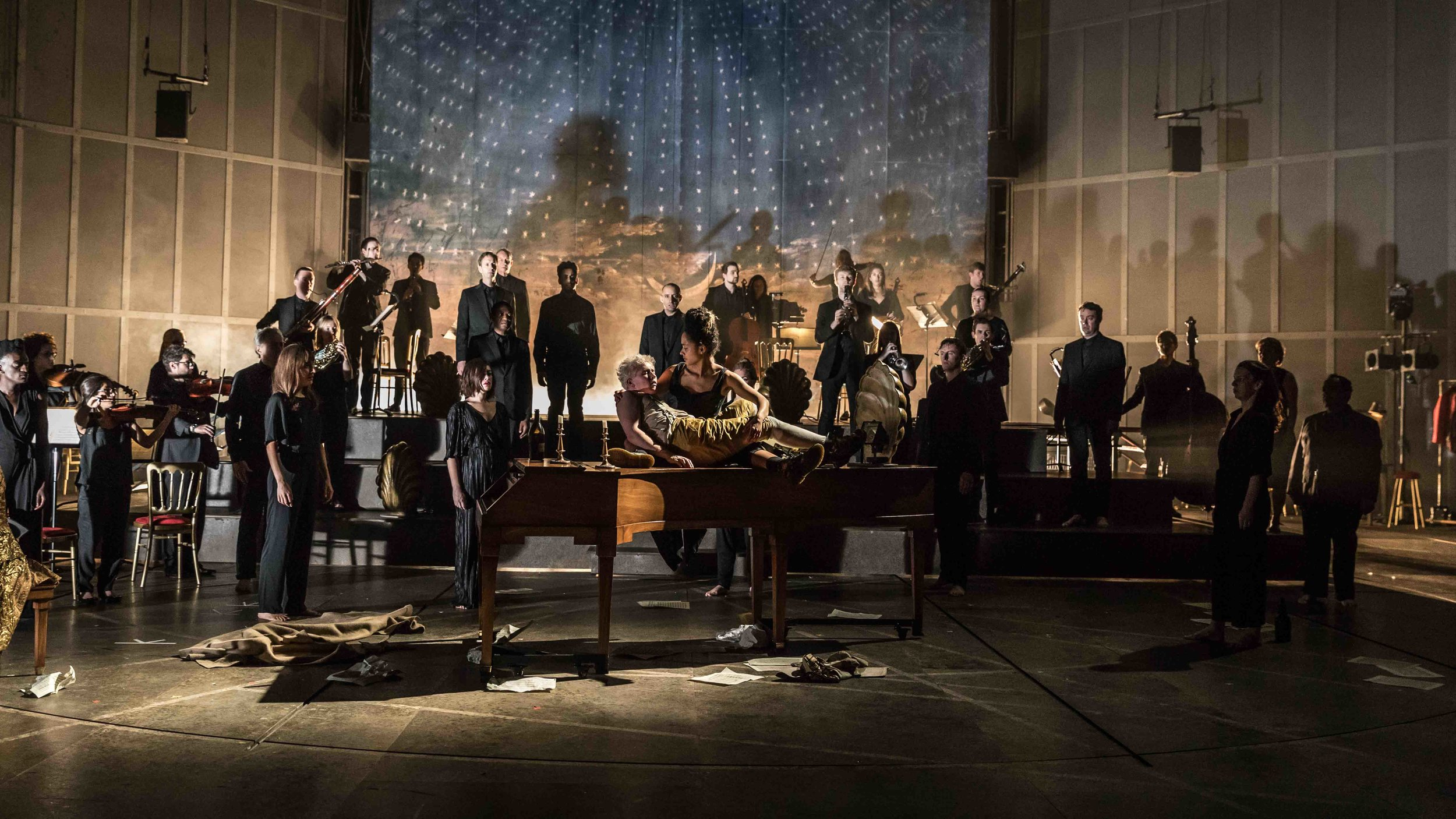Amadeus  / By Peter Schaffer  The Olivier at the National Theatre, London  November 2016  +   Direction  Michael Longhurst   Choreography  Imogen Knight   Lighting Design  Peter Mumford