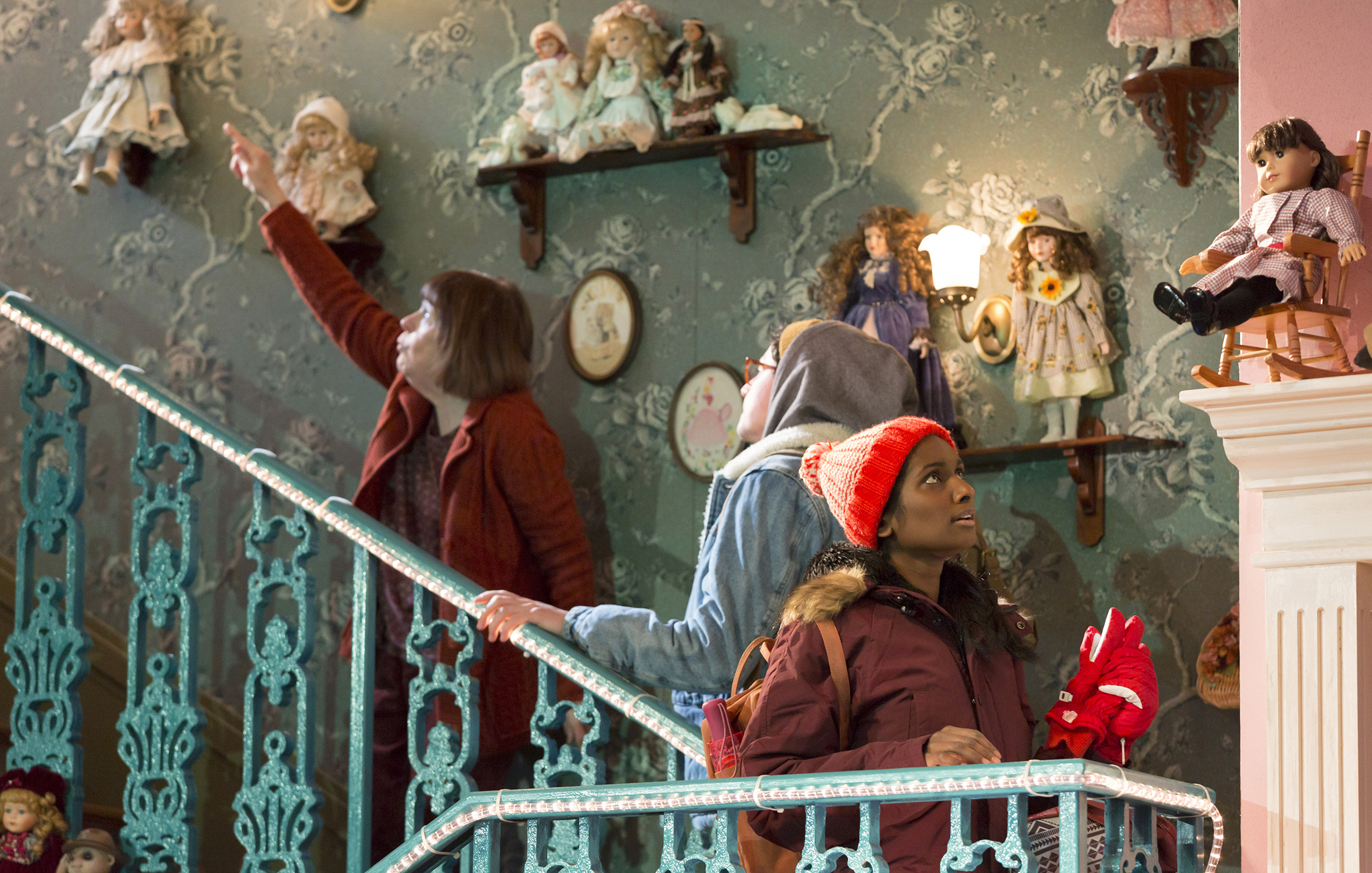 2. JOHN (Marylouise Burke as Mertis, Tom Mothersdale as Elias and Anneika Rose as Jenny) (c) Stephen Cummiskey copy.jpg