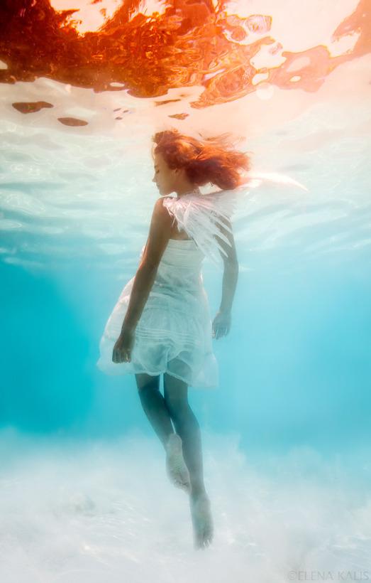 angel_underwater.jpg