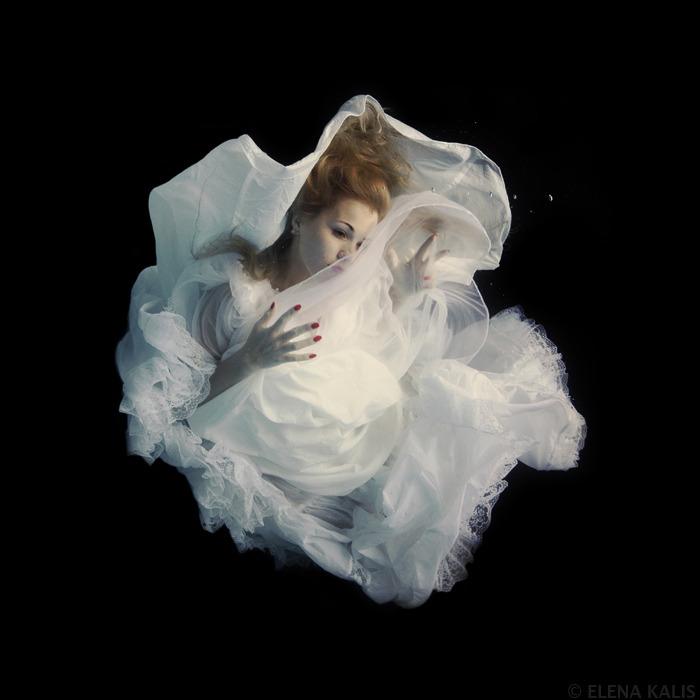 underwater_elena_kalis35.jpg