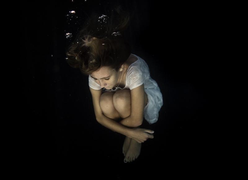 underwater_dark02.jpg