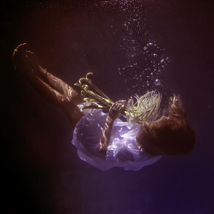 underwater_dark24.jpg