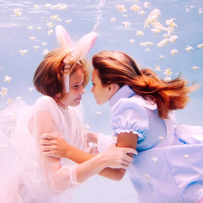 underwater_alice12.jpg
