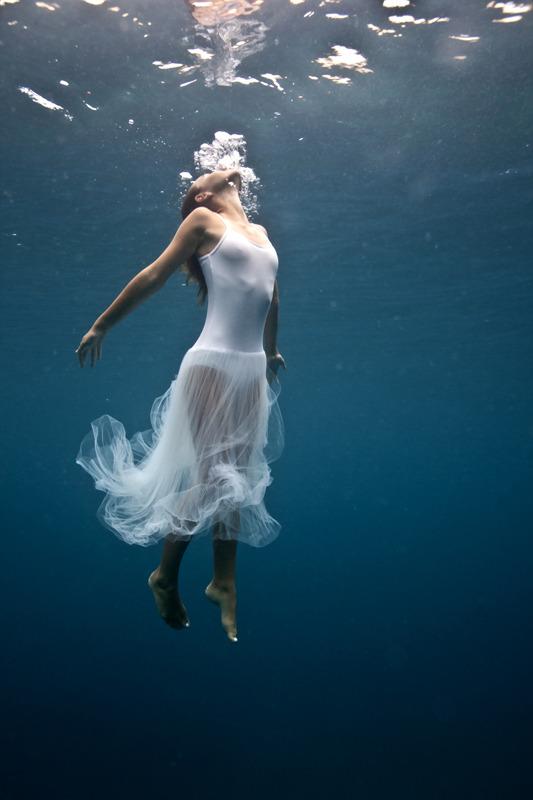 underwater_elena_kalis82.jpg