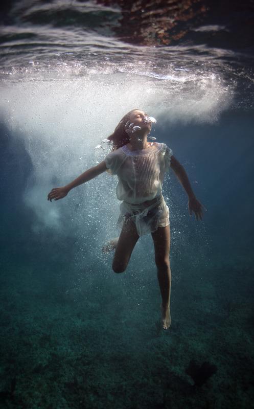 underwater_elena_kalis61.jpg