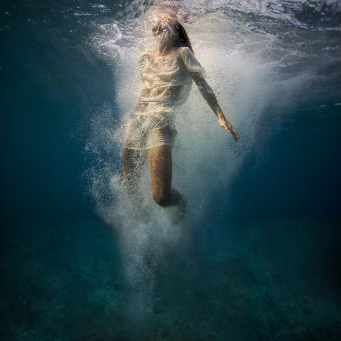 underwater_elena_kalis49.jpg