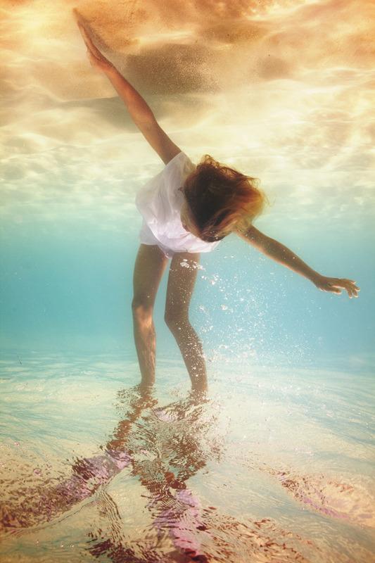 underwater_elena_kalis53.jpg