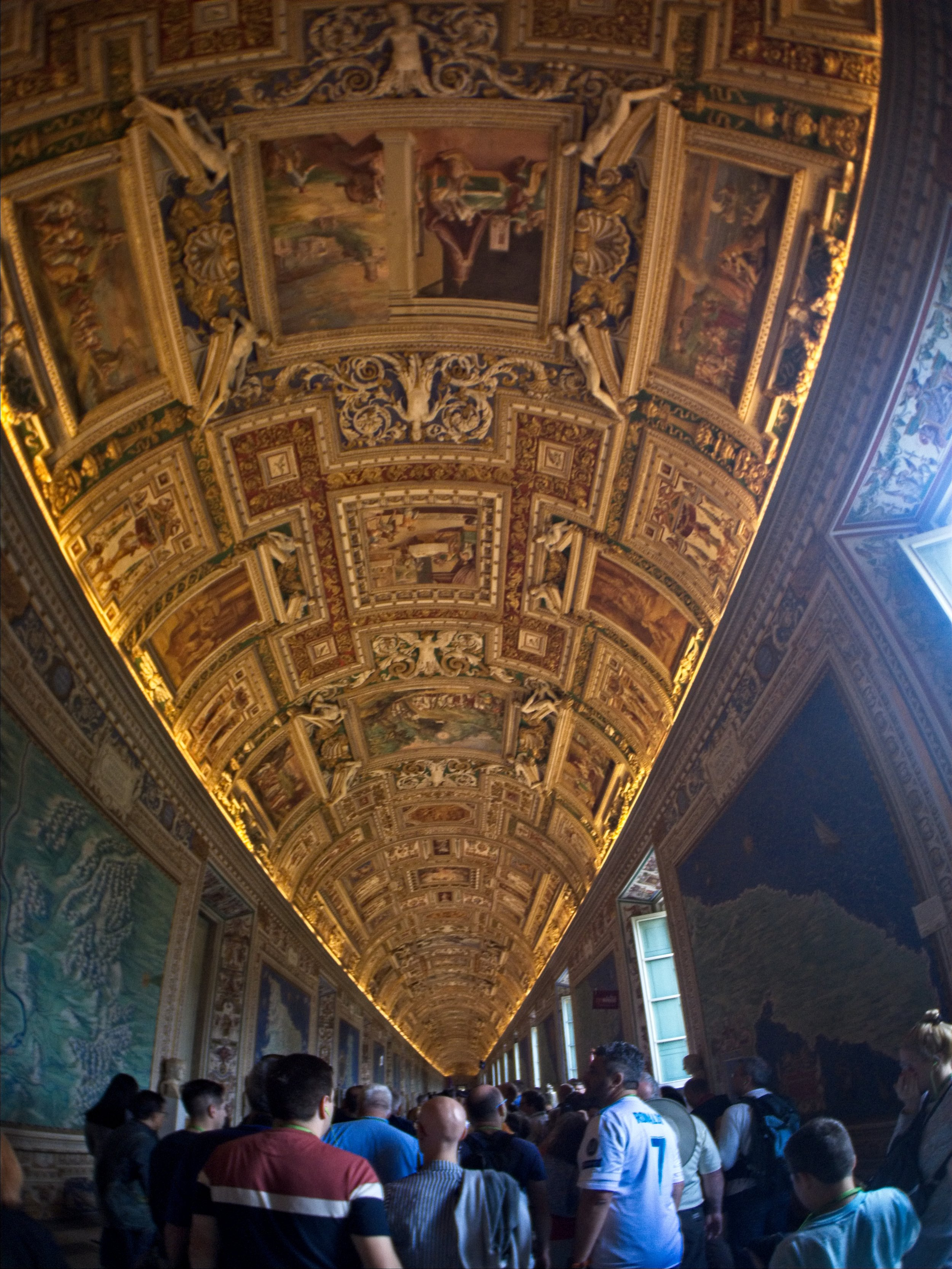 Italy-180504-103443.jpg