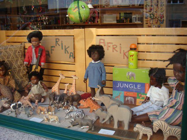 Clueless Racism in Window Displays