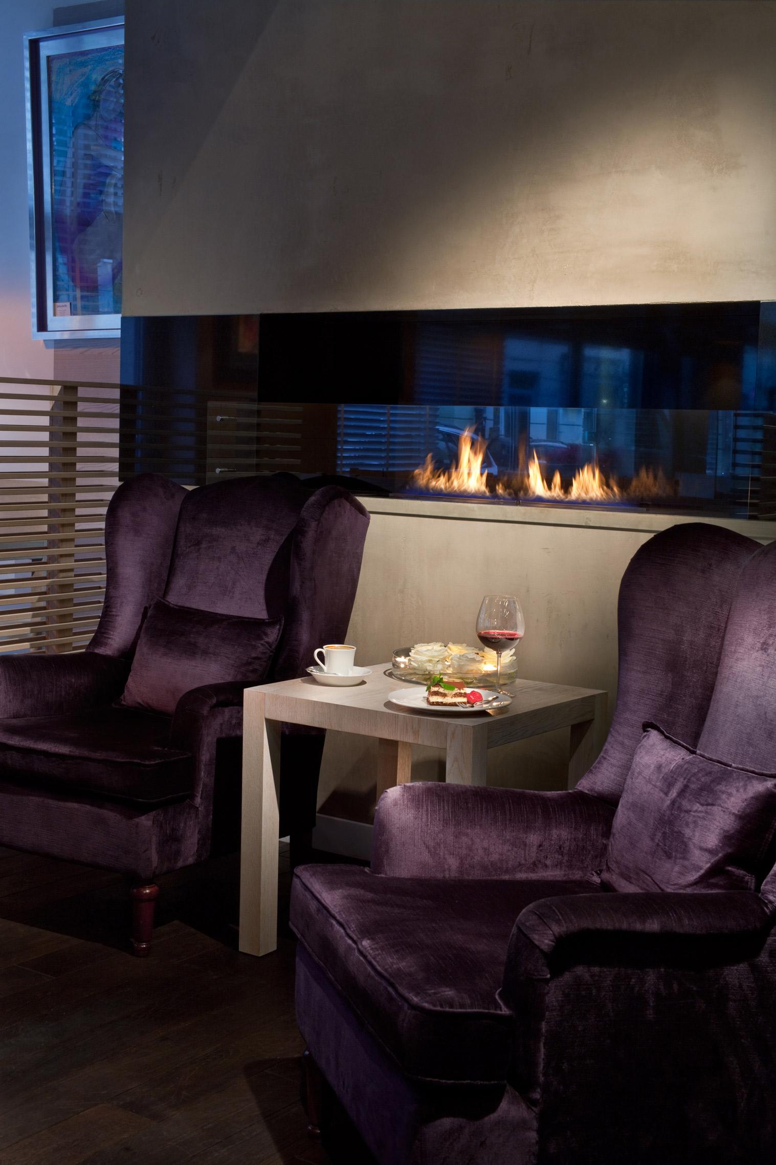 Fire-Line-Automatic-Planika-Piekna-Bistro-Restaurant-Warsaw-Poland-Design-OnOff-Architekci.jpg