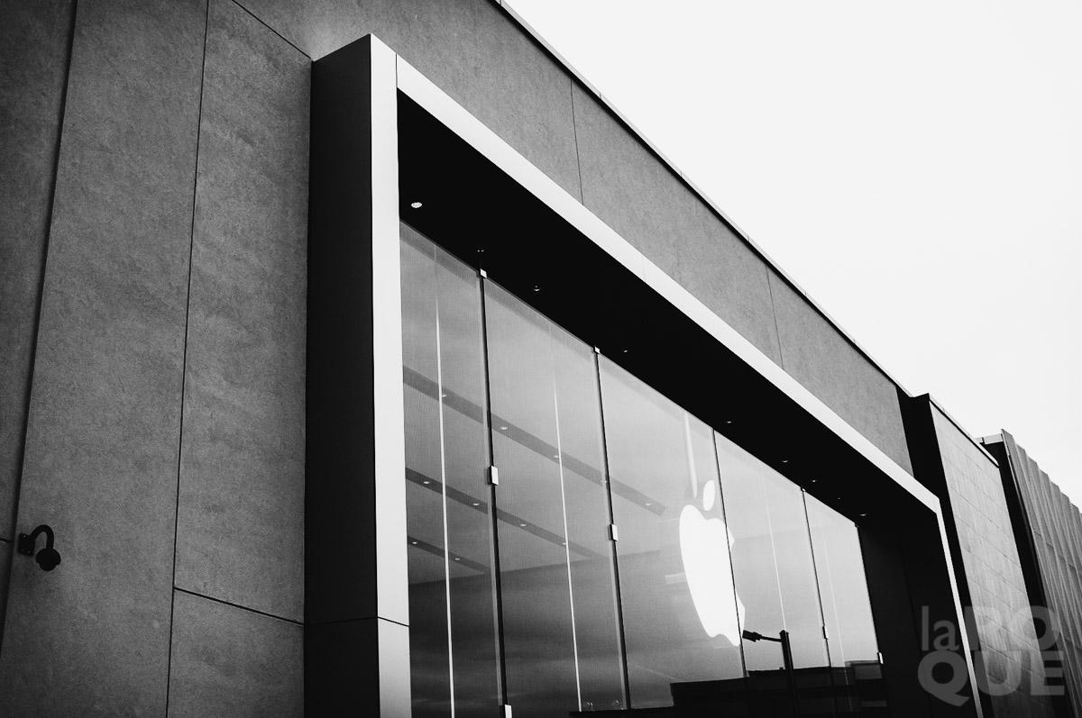 LAROQUE-five-frames-04.jpg
