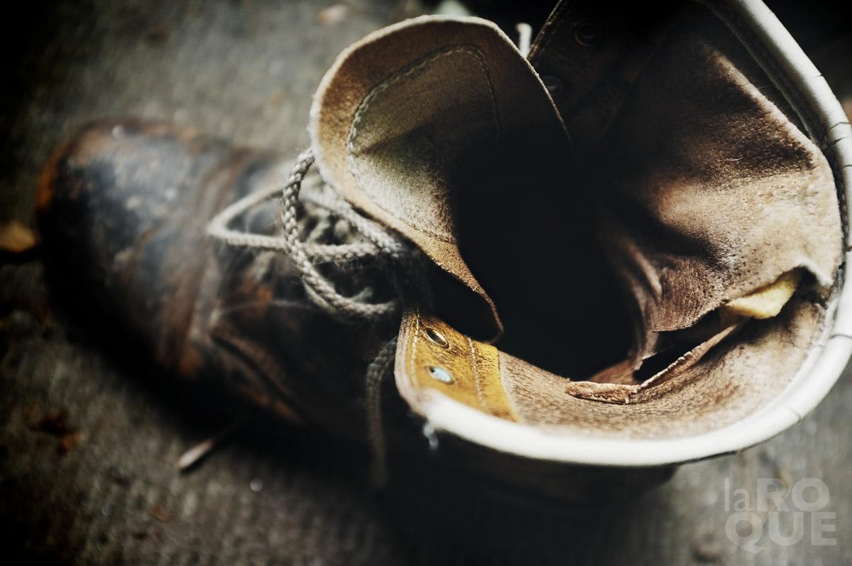 LAROQUE-boots-02.jpg