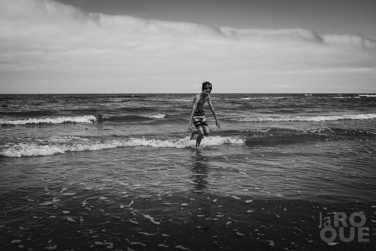 LAROQUE-beachbums-14.jpg