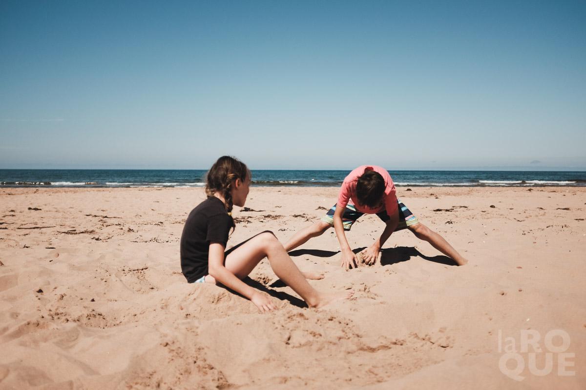 LAROQUE-beachbums-26.jpg