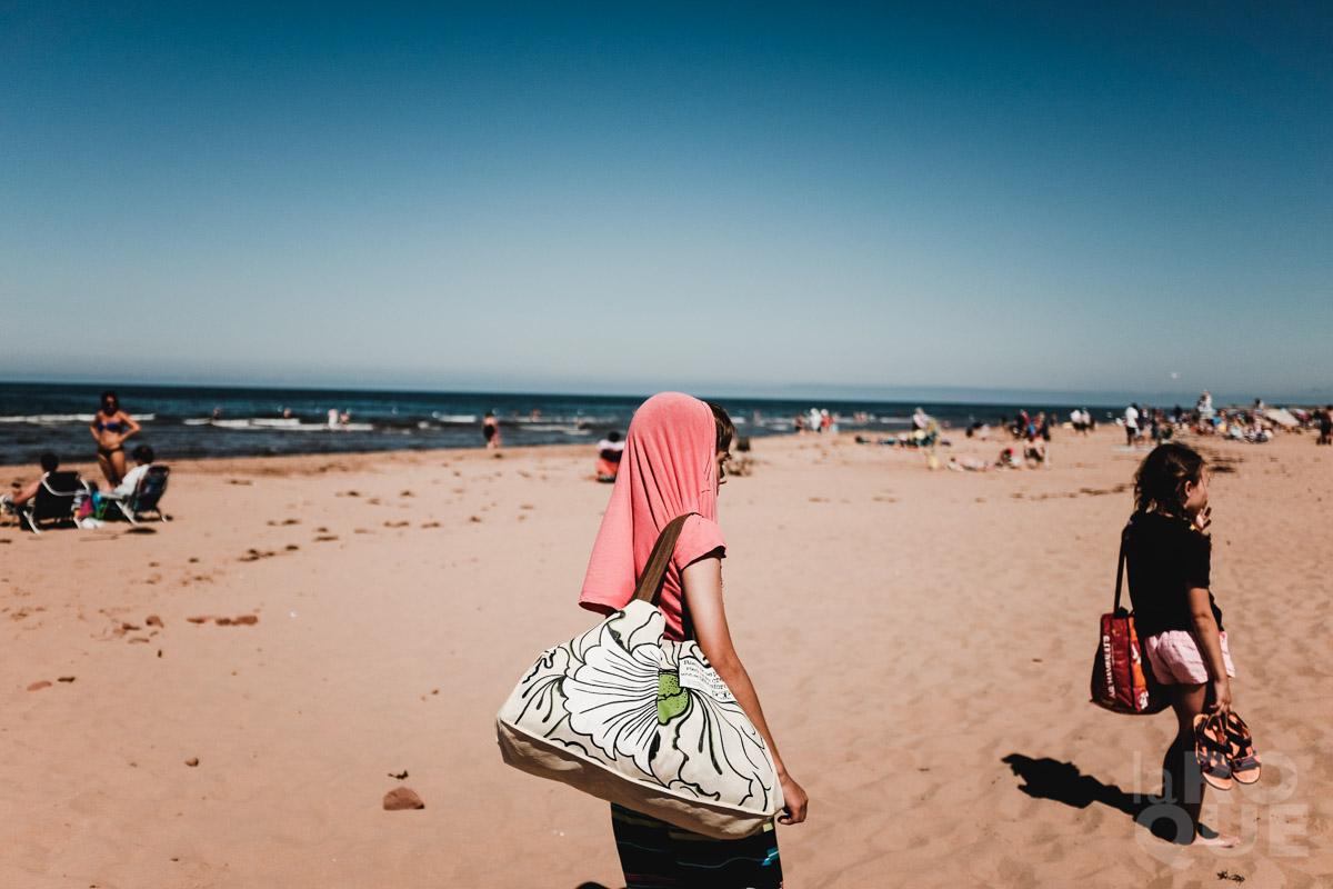 LAROQUE-beachbums-28.jpg