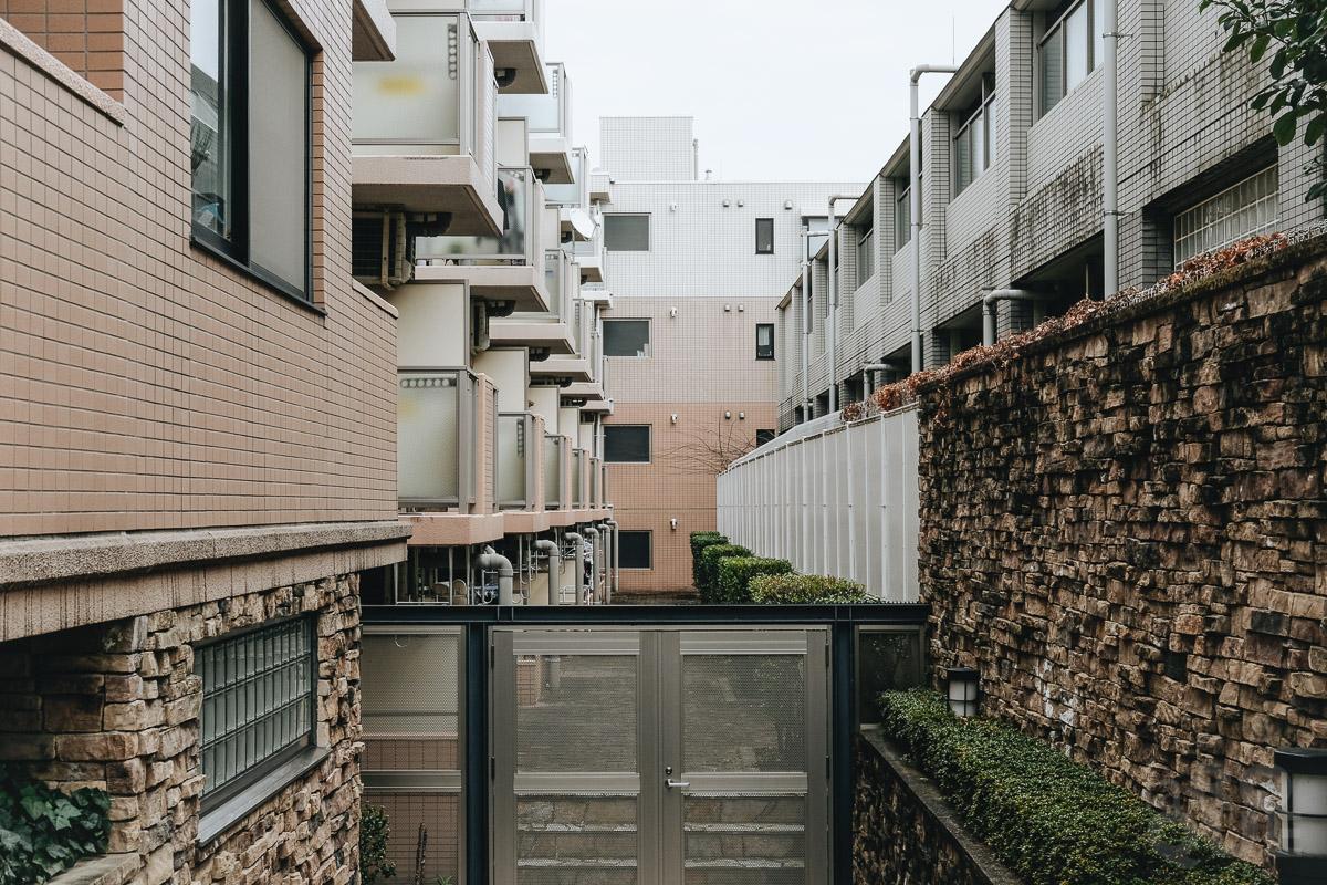 LAROQUE-tokyo-quiet-05.jpg