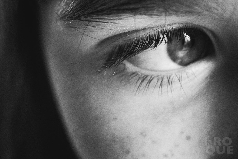 LAROQUE-blink-eye-03.jpg