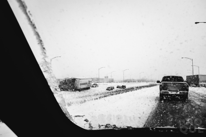 LAROQUE-ice-driving-04.jpg