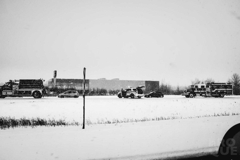 LAROQUE-ice-driving-07.jpg