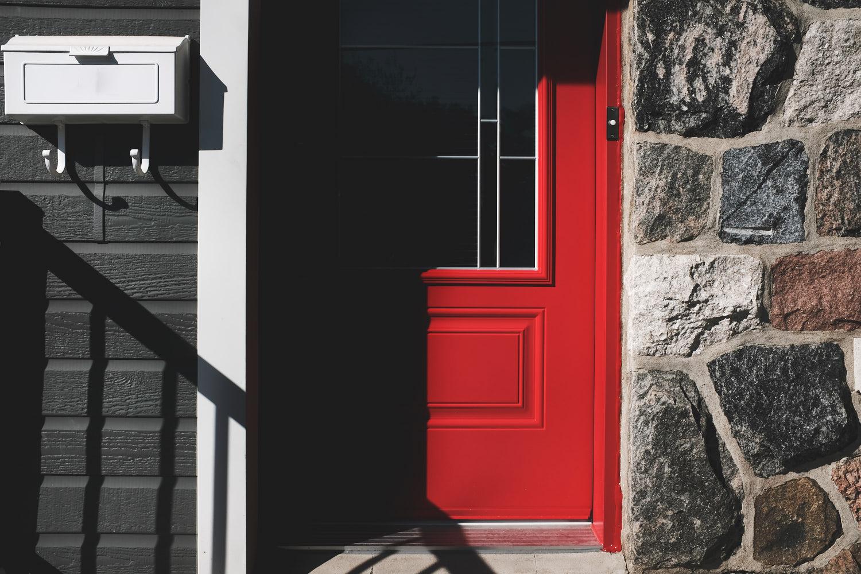 laROQUE-red-door-003.jpg