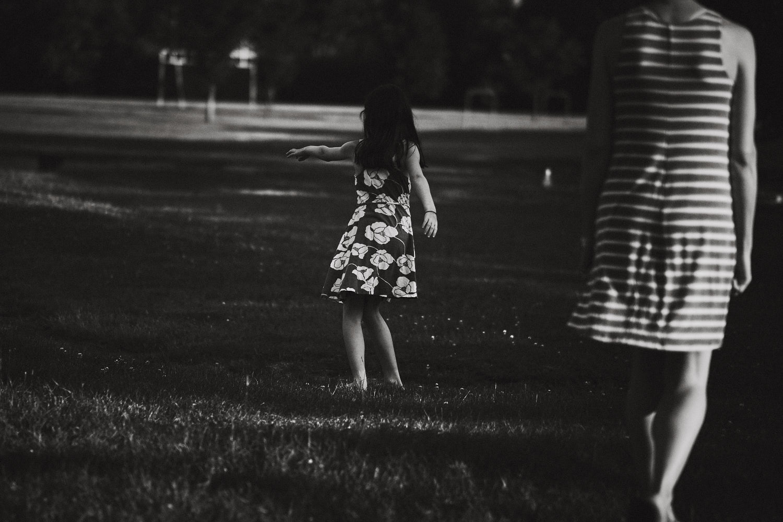 laROQUE-summer-stills-007.jpg