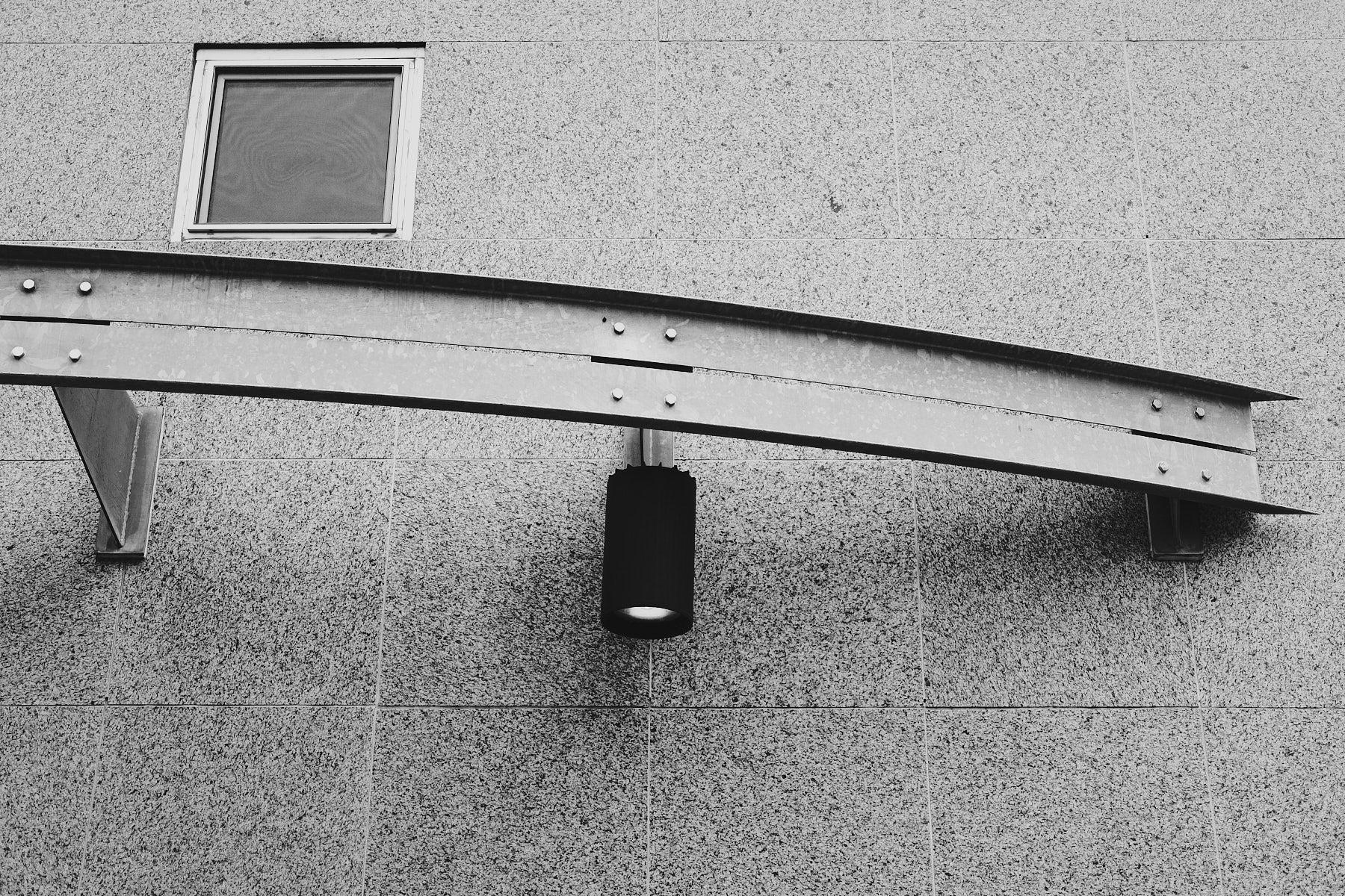 laROQUE-gray-quiet-002.jpg