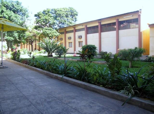 universidade eduardo mondlane classrooms