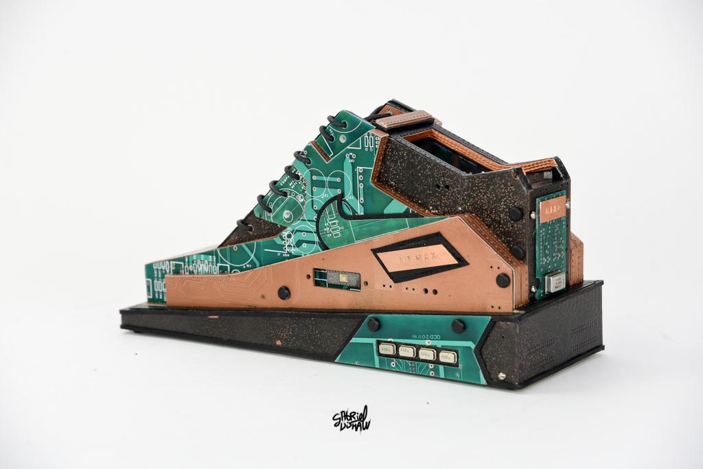 Digital Air Max 90 Copper Penny-8031.jpg