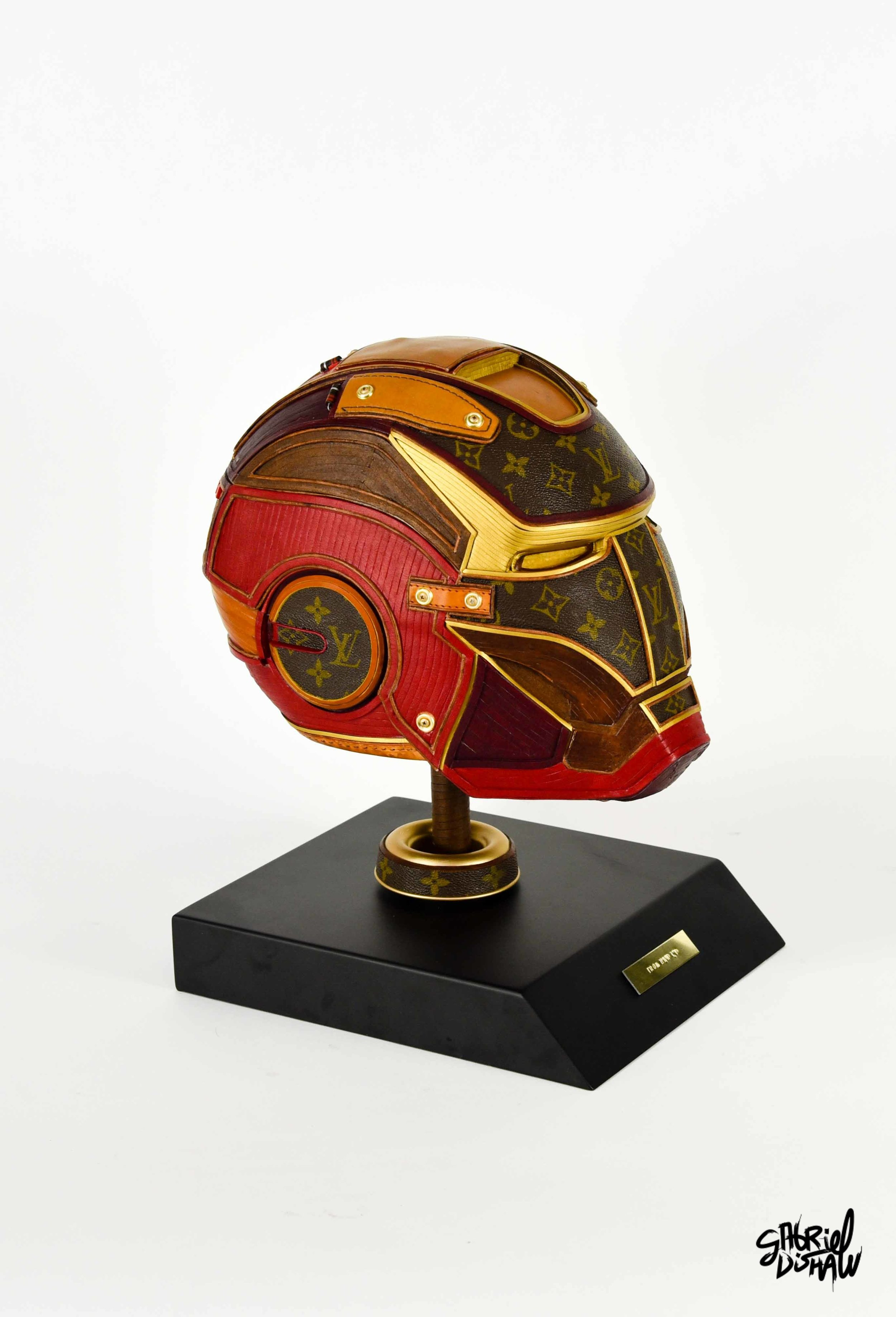 Gabriel Dishaw Iron Man LV-4130.jpg