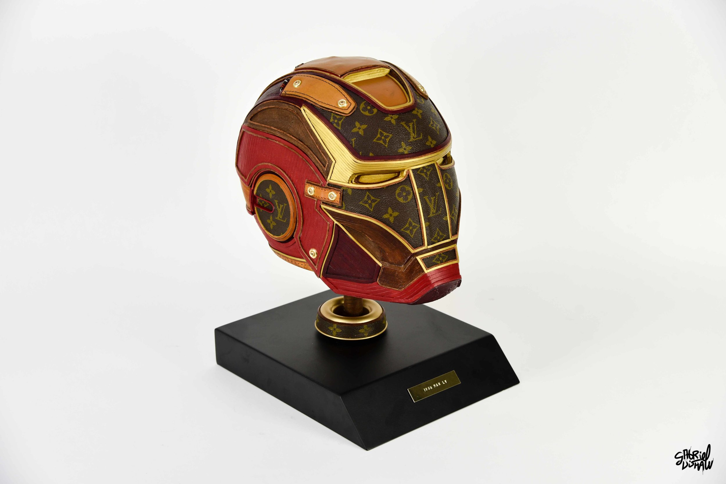 Gabriel Dishaw Iron Man LV-4096.jpg
