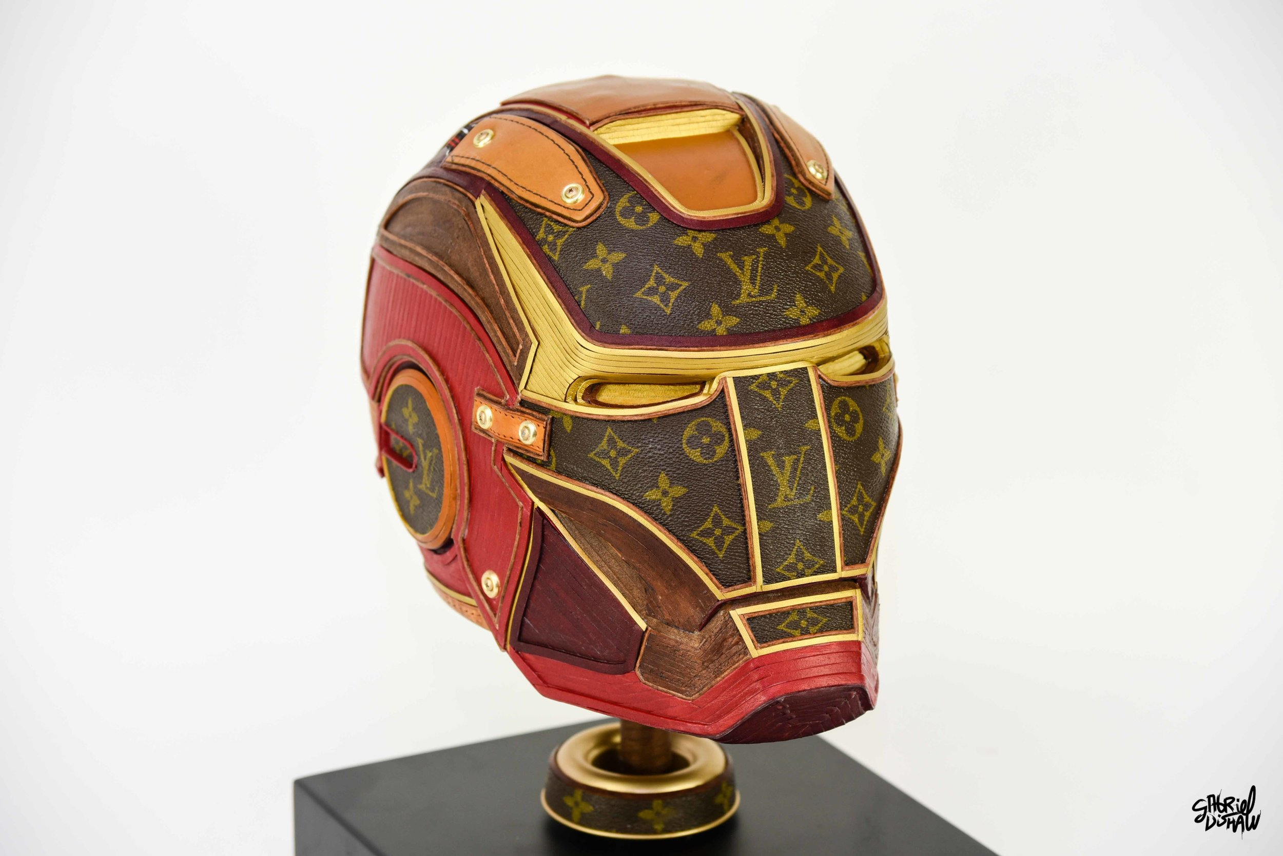 Gabriel Dishaw Iron Man LV-4060.jpg