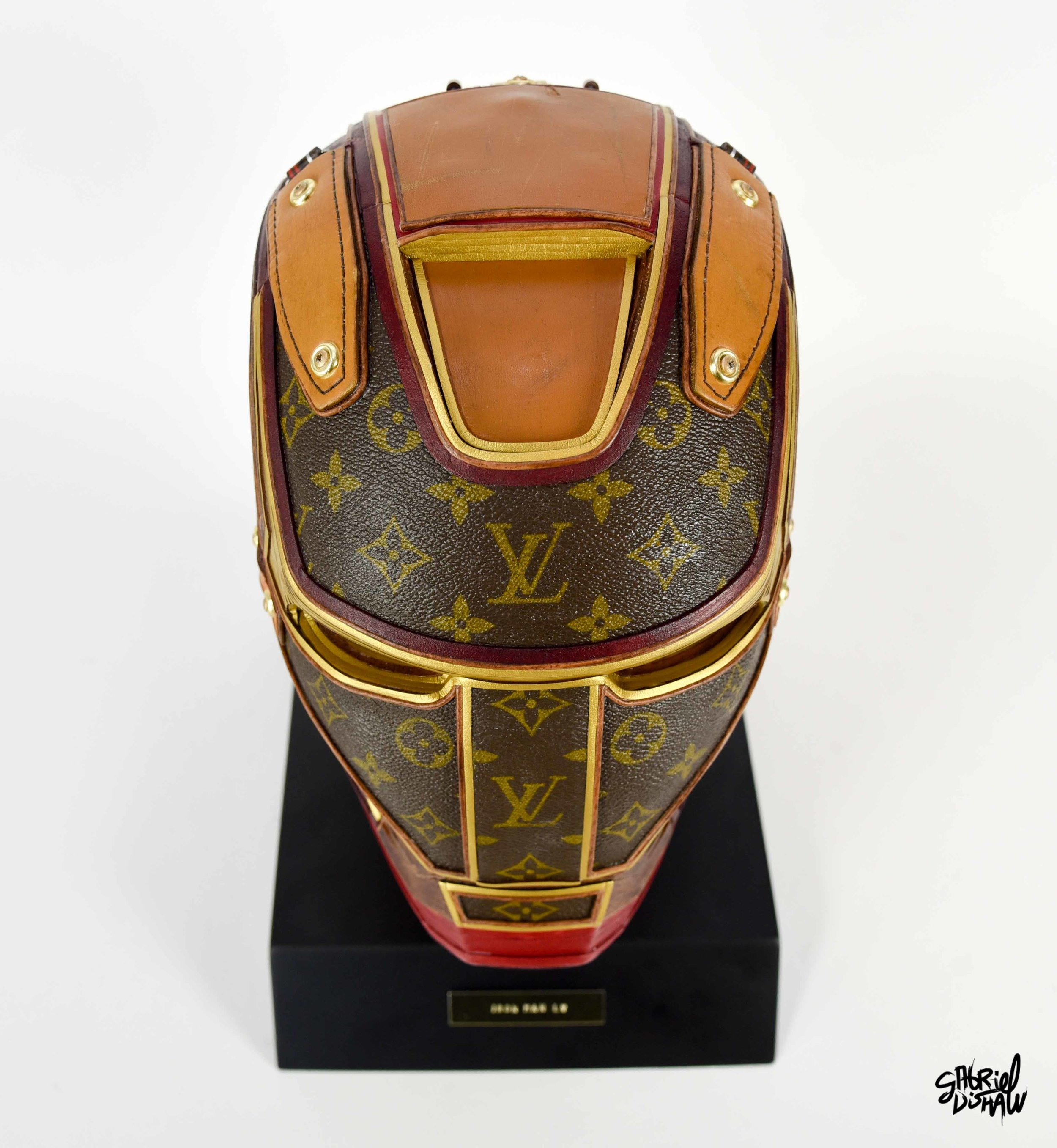 Gabriel Dishaw Iron Man LV-4027.jpg