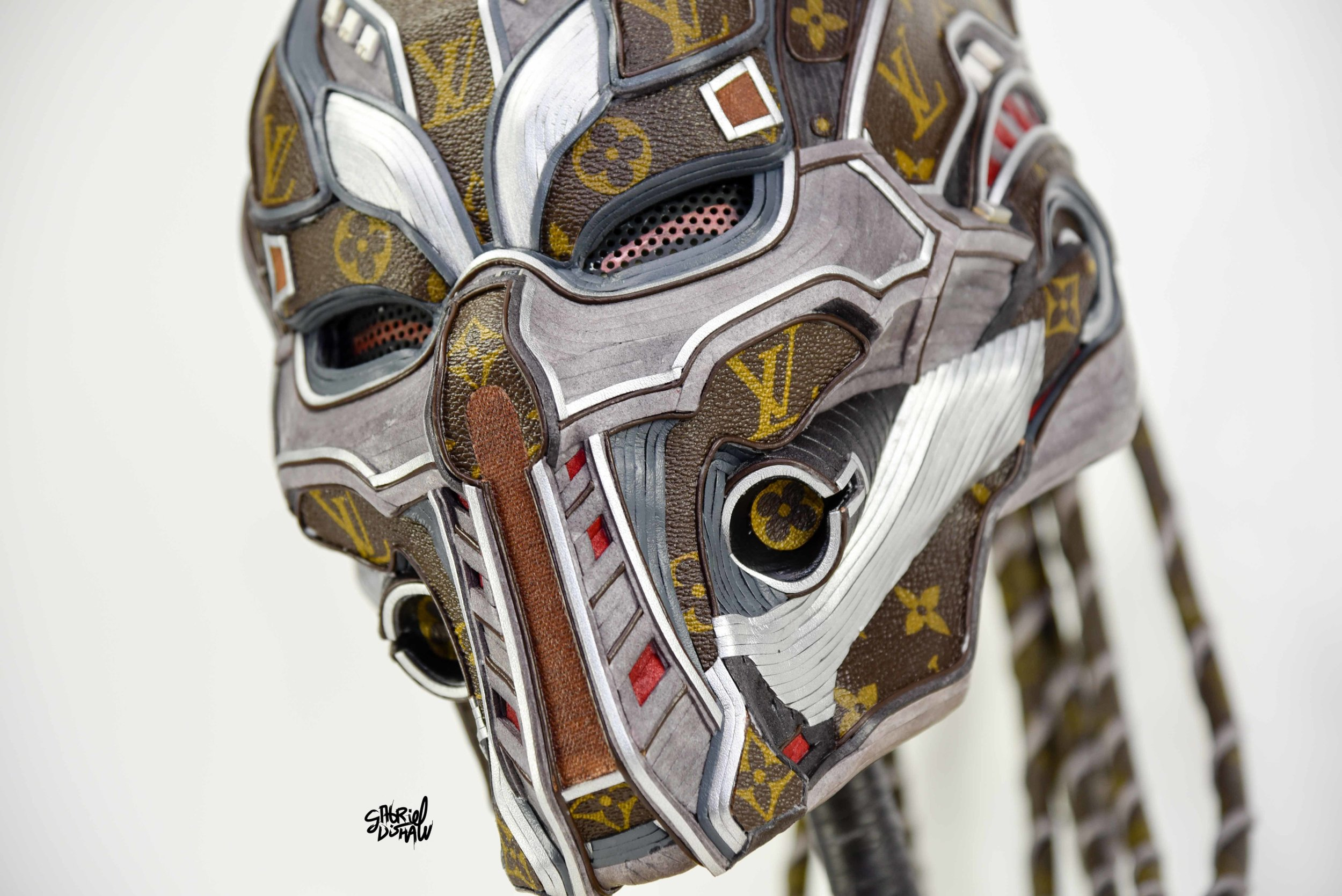 Gabriel Dishaw Triborg Smoke LV-7346.jpg